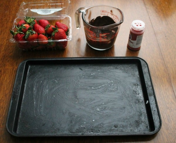 Ingredients for Valentine's Day 1,2,3 Chocolate Covered Strawberries