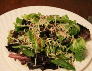 mixed greens with gouda and blood orange