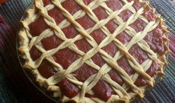 Pie crust art - twisted lattice work