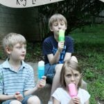 kids with key lime popsicles