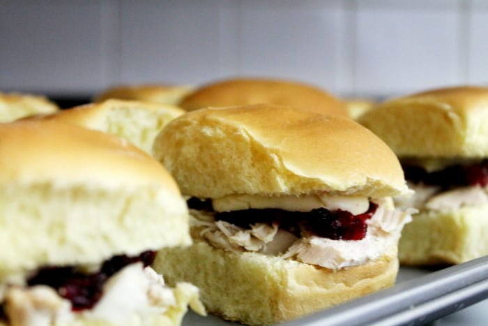 Holiday Party Recipes: Chipotle Turkey Cranberry Sandwiches | www.realthekitchenandbeyond.com