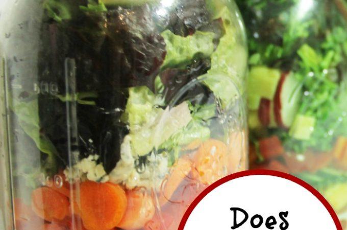 Does Salad in a Jar Work?   www.realthekitchenandbeyond.com