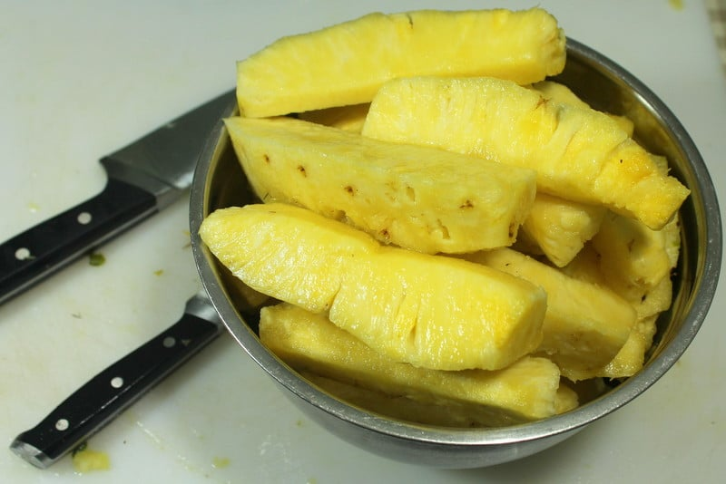 How to cut pineapple easily - Real: The Kitchen and Beyond