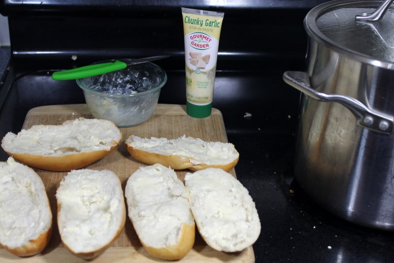 Easy Homemade Garlic Bread Recipe