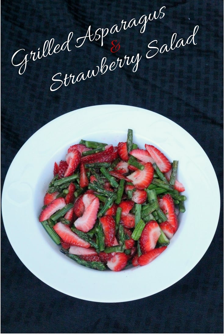 Grilled Asparagus & Strawberry Salad - easy summer salad recipe