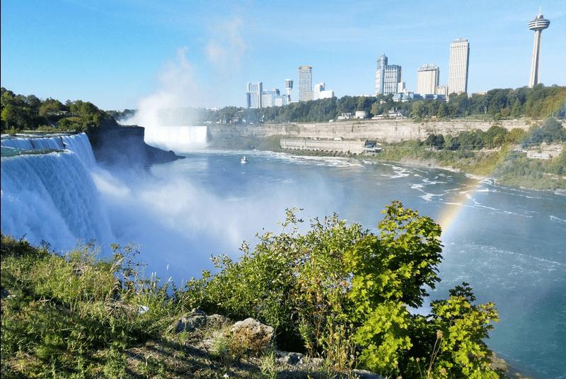Family Road Trip Niagara Falls USA