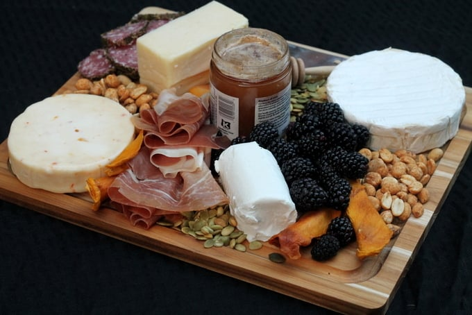 How to make cheese platter quick