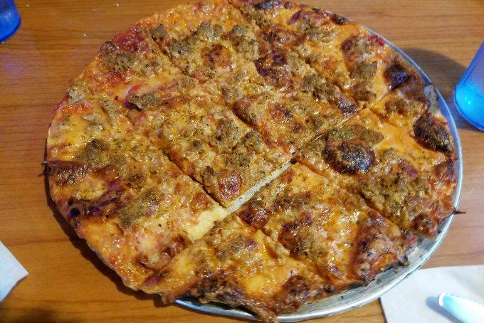 Padavan's NY St. Louis style pizza