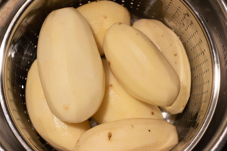 peeled russet potatoes in instant pot steamer basket